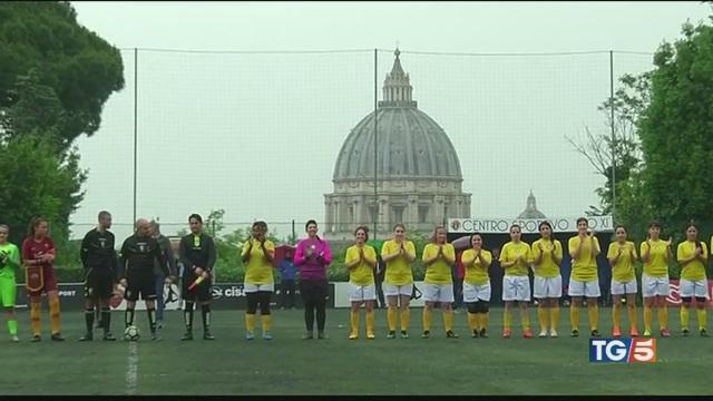 La prima squadra femminile del Vaticano