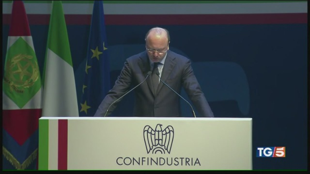Allarme Confindustria, un'Italia senza slancio