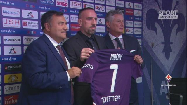 Ribery mostra la sua numero 7