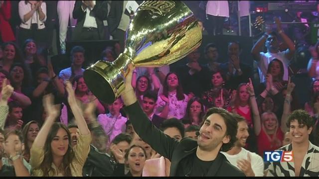 Alberto vincitore di Amici 2019