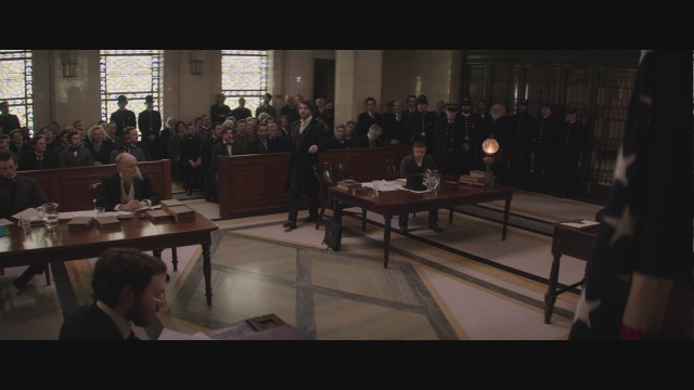 'Edison - L'uomo che illuminò il mondo', la clip esclusiva