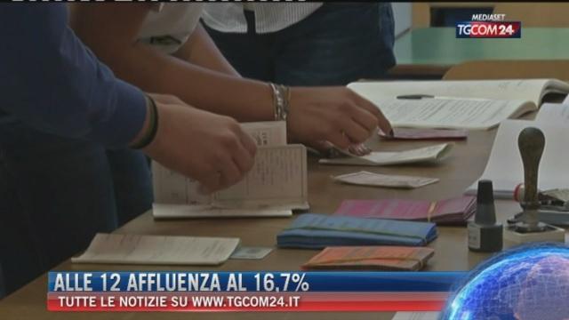 Breaking News delle ore 14.00: Alle 12 affluenza al 16,7%